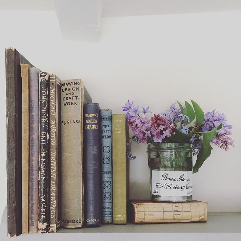 floral-bookend